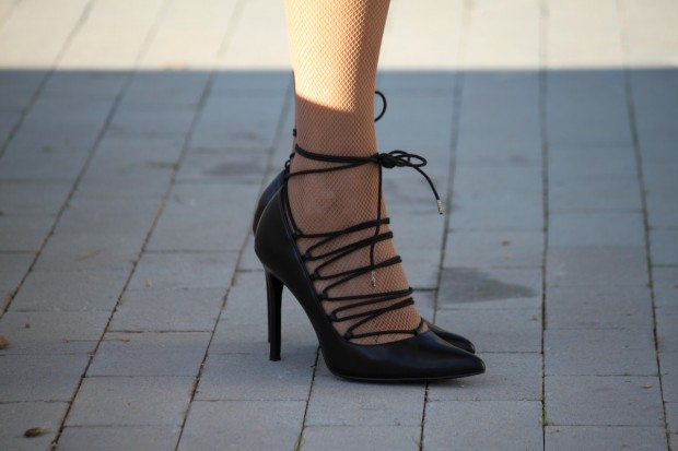 stilettos de cordones