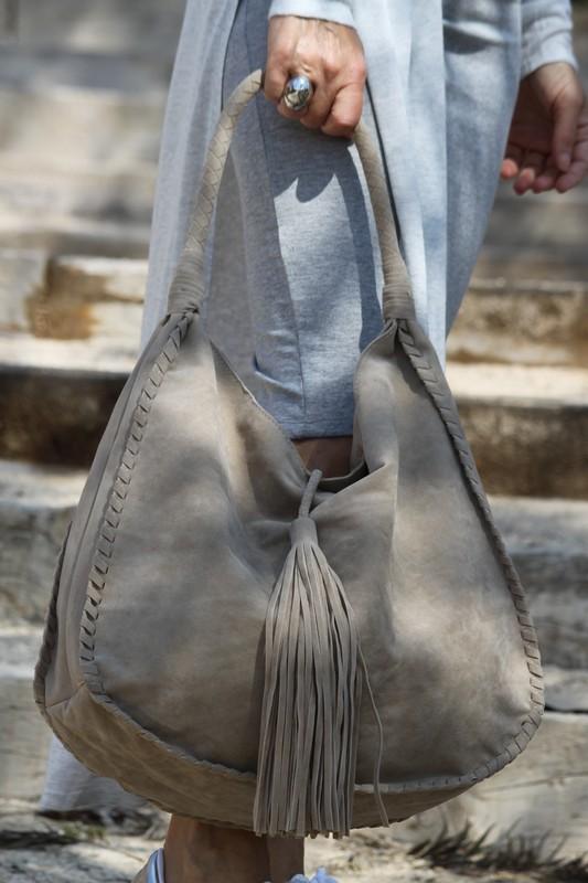 bolsos de ante gris