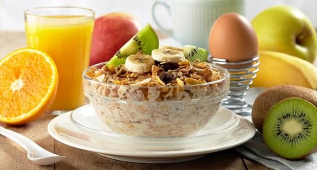 desayunos-para-bajar-de-peso-680x365_c