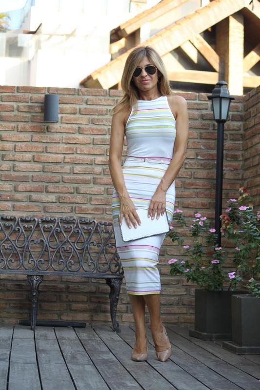 vestidos de rayas ceñidos