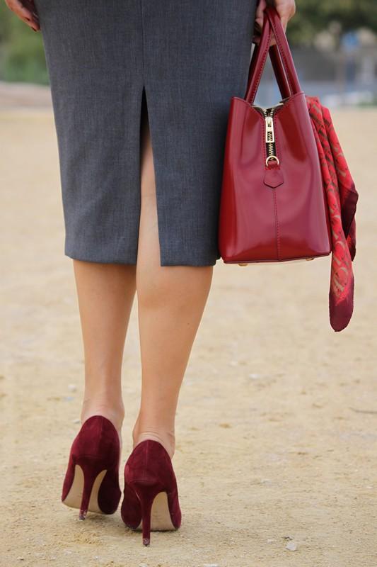Zapatos de ante granates